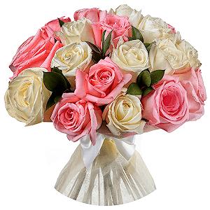 Букет из 37 белых и розовых роз